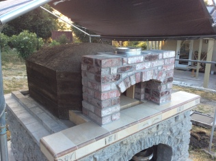 Oven core covered with cladding (wooden frame removed).